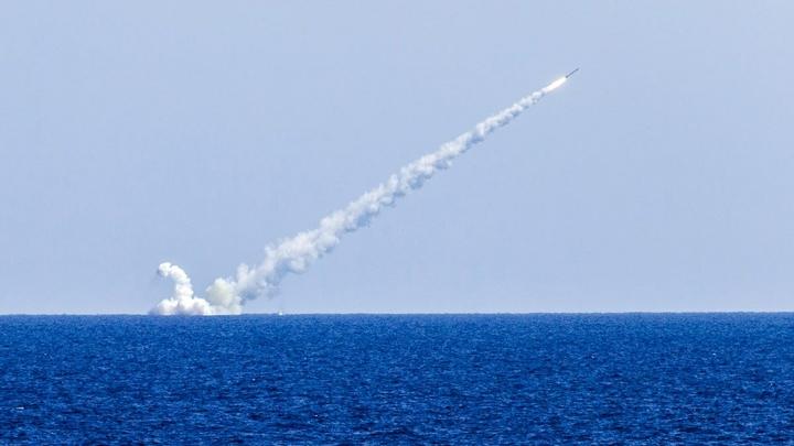 «Смерть ворогам!»: вгосударстве Украина  появились крылатые ракеты, способные преодолевать неменее  тысяча  км