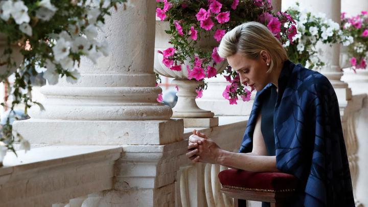 Княгиня Монако заразилась неизвестной инфекцией: Подданные в тревоге