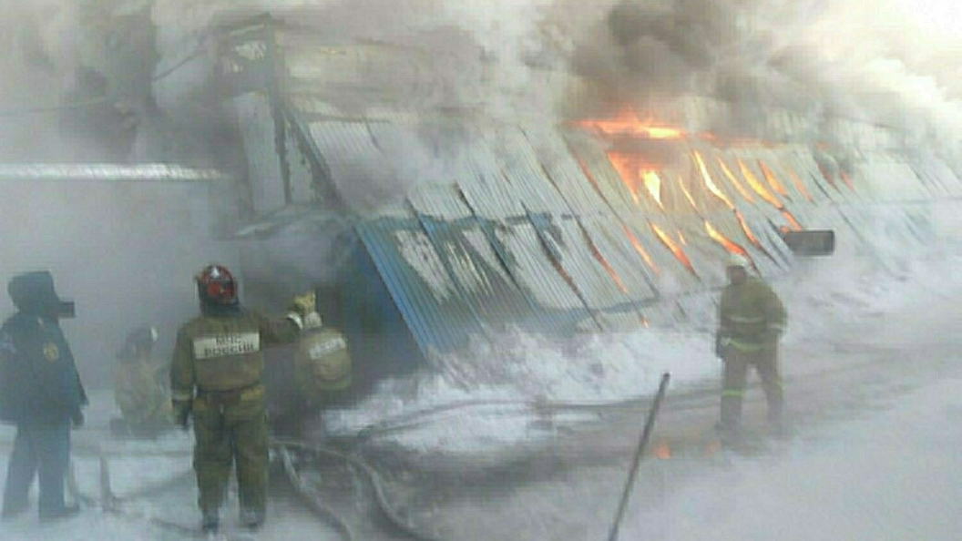 НаЯмале после пожара обвалился многоквартирный дом