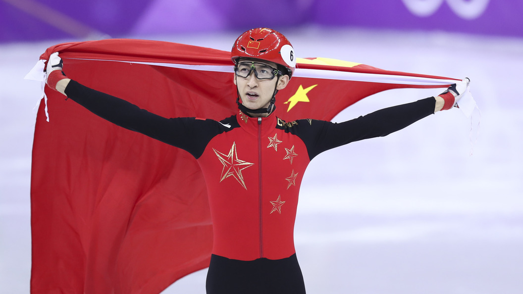 Китайский шорт-трекист одержал победу «золото» ОИсмировым рекордом