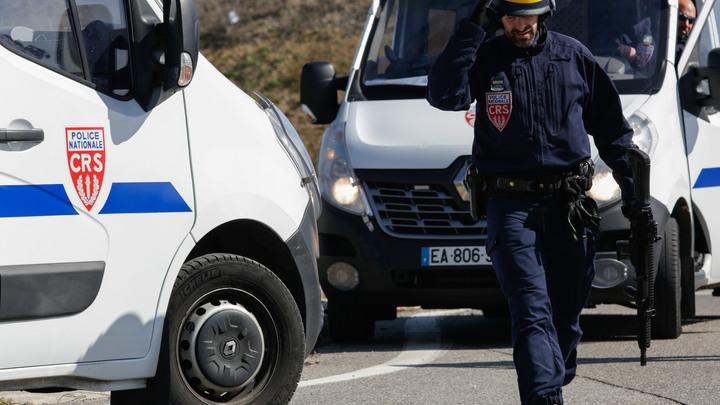 Помощник Макрона под подозрением: В Минэкономики Франции нагрянули с обысками