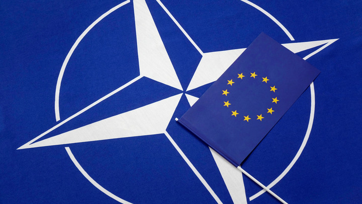 Русские третируют солдат НАТО: Датчане и британцы жалуются, что их бьют в самое больное