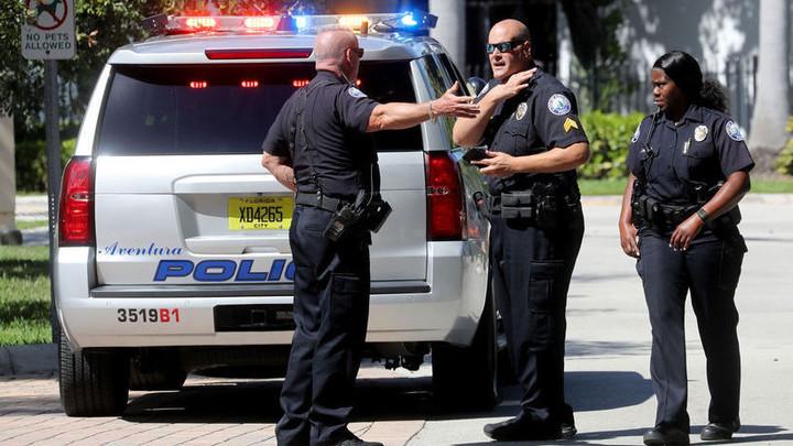 Стрелки в американской школе действовали вдвоём, расстреливая свой класс