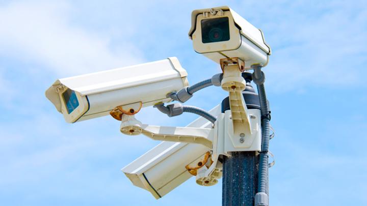 Между законом и здравым смыслом: Москвичка подала в суд на мэрию из-за слежки видеокамерами