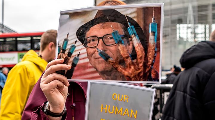 Как Билл Гейтс затруднил доступ к вакцинам от COVID-19 по всему миру