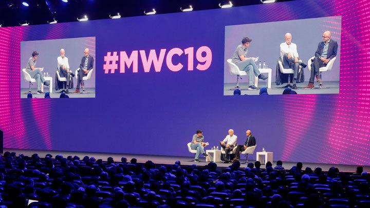 «Раскладушка» от Huawei и «Кирпичефон» от Energizer: Яркие новинки MWC 2019