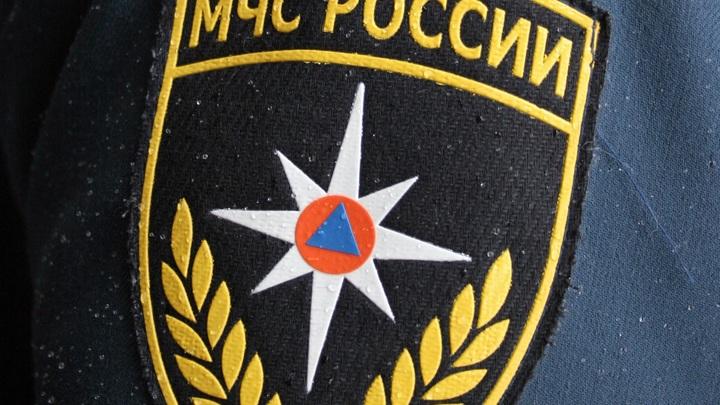 В Омской области Ми-8 совершил вынужденную посадку, на помощь пришли 11 спасателей