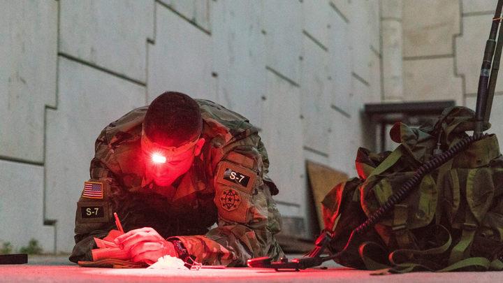 Обычные войны разведчиков: Россию пытаются дискредитировать через спецслужбы, заявил полковник ГРУ