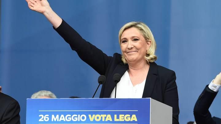 До выборов в ЕП пять дней: Партия Ле Пен оставила позади Макрона