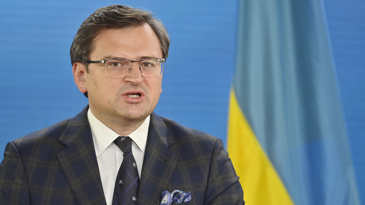 Глава МИД Украины обвинил Россию в отговорках от встречи Путина и Зеленского