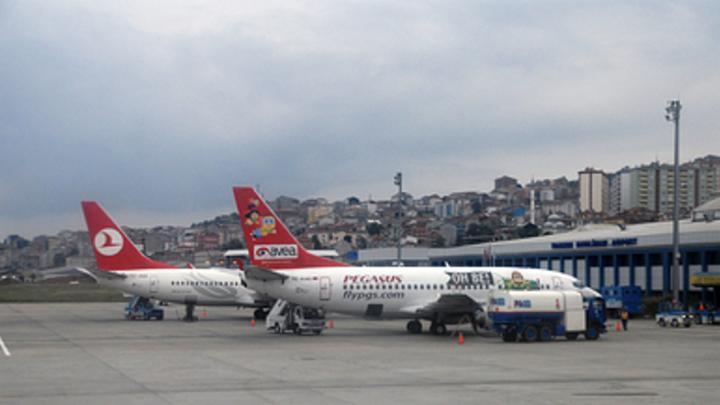 Турция и Россия возобновят авиасообщение: В Минтрансе республики разошлись в датах