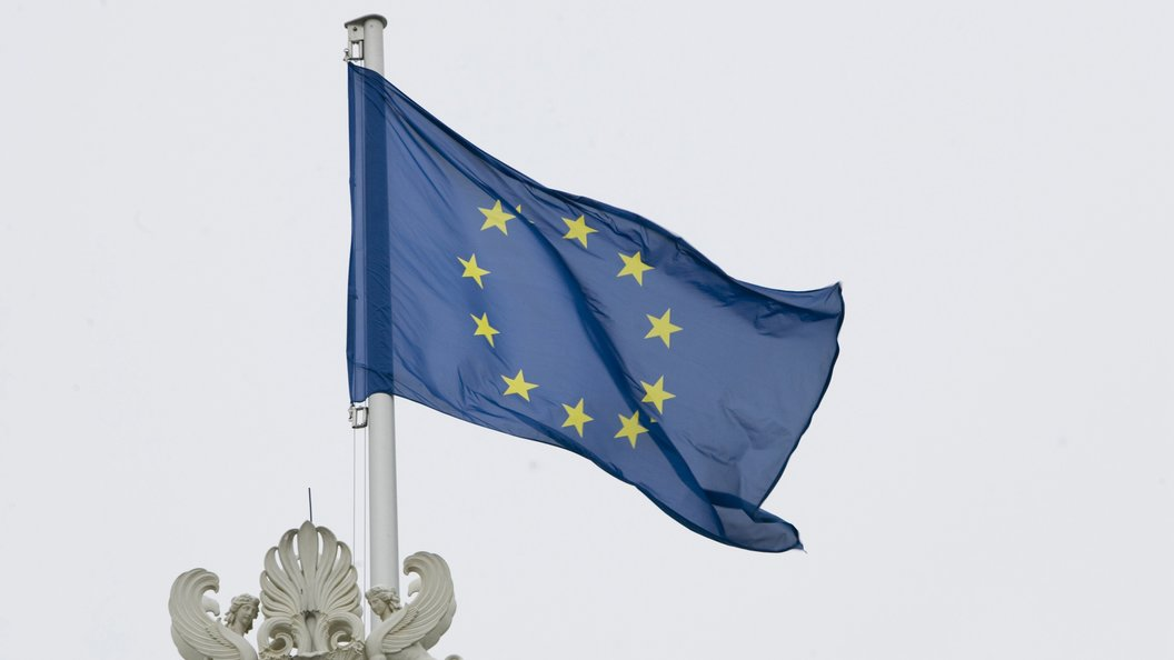 Евросоюз утвердил продление антироссийских санкций на полгода