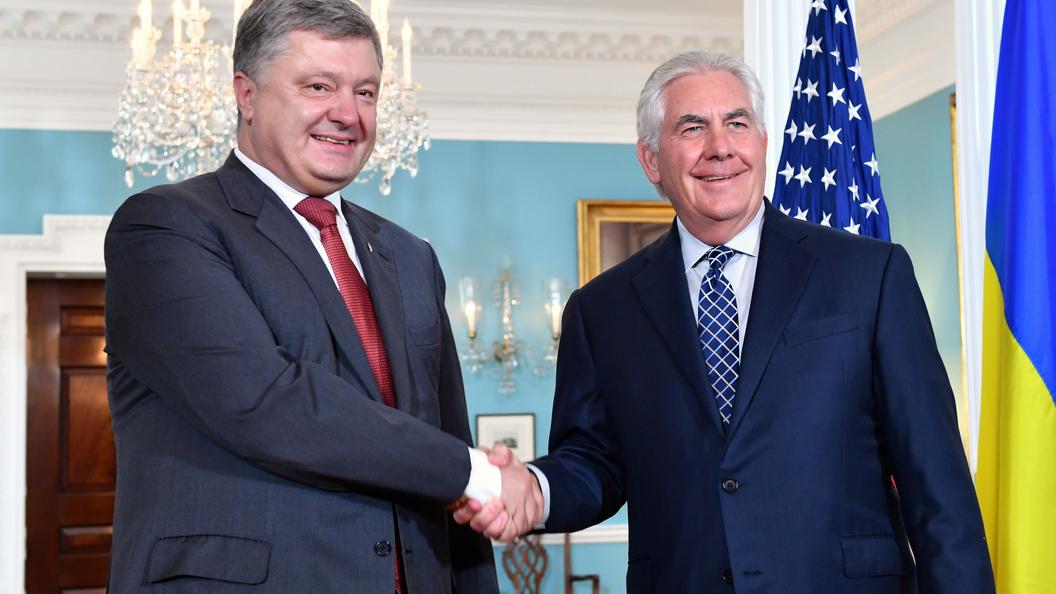 В Белом доме не подтверждают информацию о визите Тиллерсона на Украину