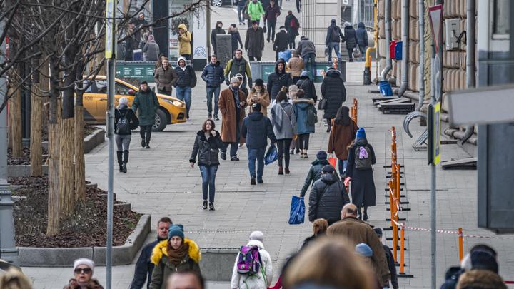 Ледяной дождь испортит настроение москвичам: Опасное явление обещали в Фобосе