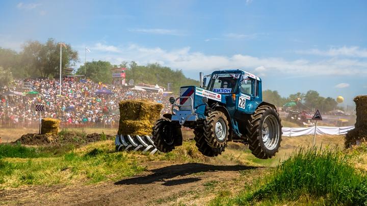 В Ростовской области второй раз отменили ежегодные гонки на тракторах
