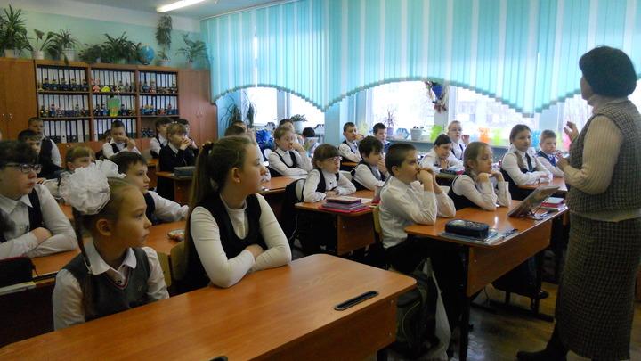 В некоторых школах Новосибирской области учебный год может быть продлён
