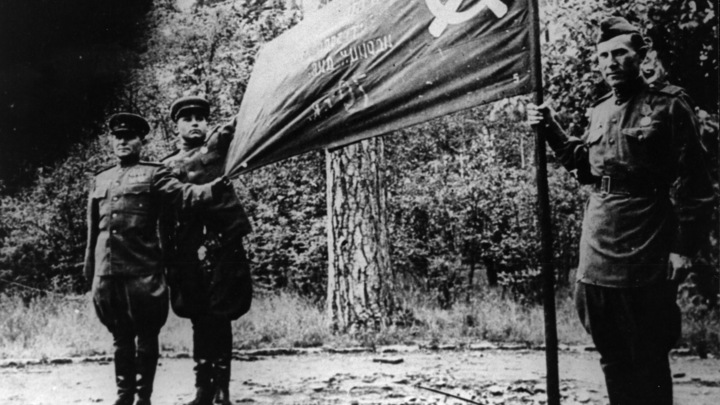 Воевал не ради наград: Лейтенанта Алёшу трижды обошли с присвоением звания Героя СССР