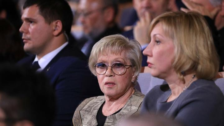 Я бы хотел у неё поучиться: Как Путин, Медведев и Боярский поздравили Алису Фрейндлих с юбилеем