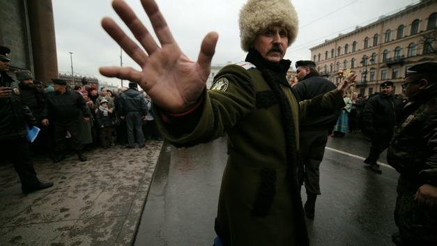Прокуратура дала ответ, за что дали 32 миллиона «разогнавшим» митинг Навального казакам
