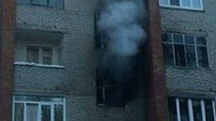 В многоэтажке в Петербурге взорвался газ - видео