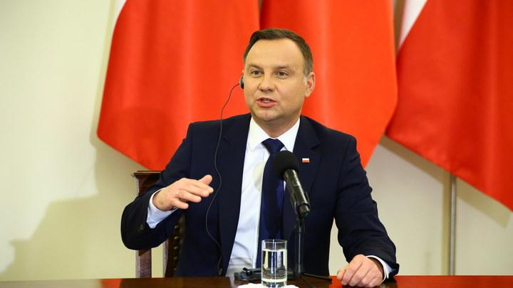 Сенат Польши отвергнул проект решения президента ореферендуме