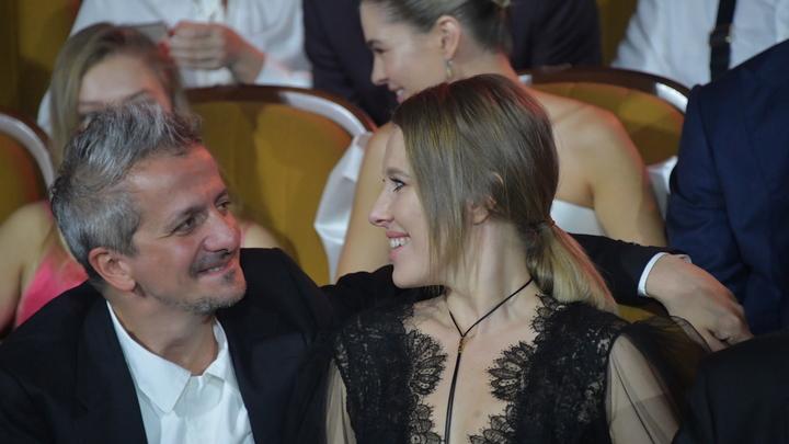 Не помогать старикам и животным: Собчак и Богомолов пригласили гостей на свадьбу и поставили условие - СМИ