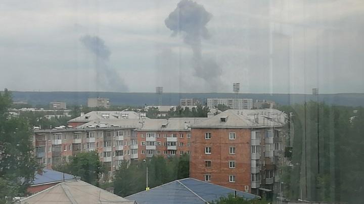 Конец взрывов на складе боеприпасов в Красноярской области отметили фейерверком