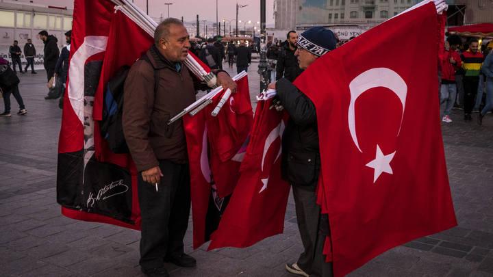 Троллинг уровня Эрдоган: Турецкие СМИ подсказали беженцам наилучшие пути в Европу