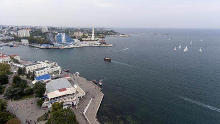 Гражданам России оставили надежду на летний отдых в Крыму и Краснодарском крае