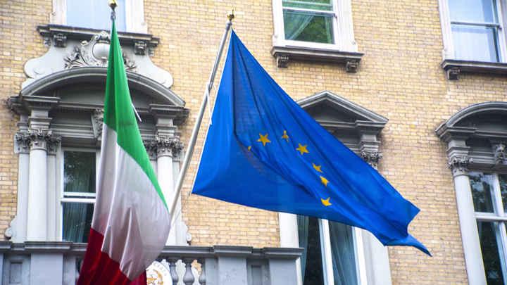 Ограбление по-итальянски: Как госдолг Италии обвалил европейские рынки
