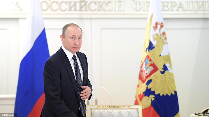 Тупые или опасные: Путин охарактеризовал людей,раскачивающих ситуацию в США
