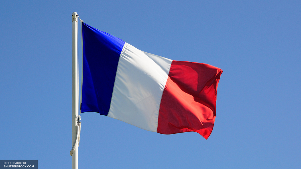 Двое военных утонули во время учений под Парижем