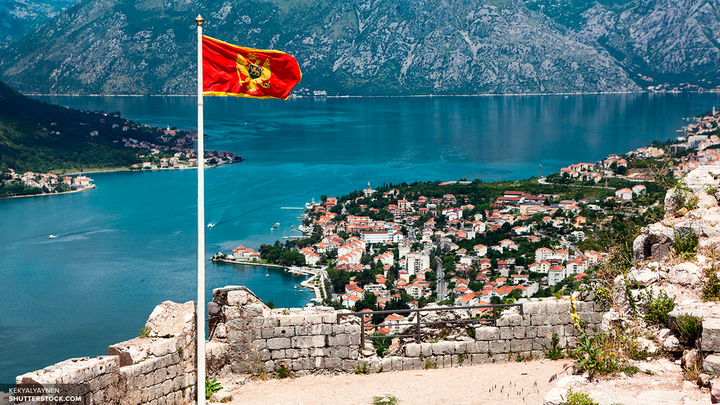 Вован и Лексус пообщались по душам с премьером Черногории от имени Порошенко