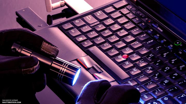 Хакеры не виноваты: Роскомнадзор опроверг атаку на банки