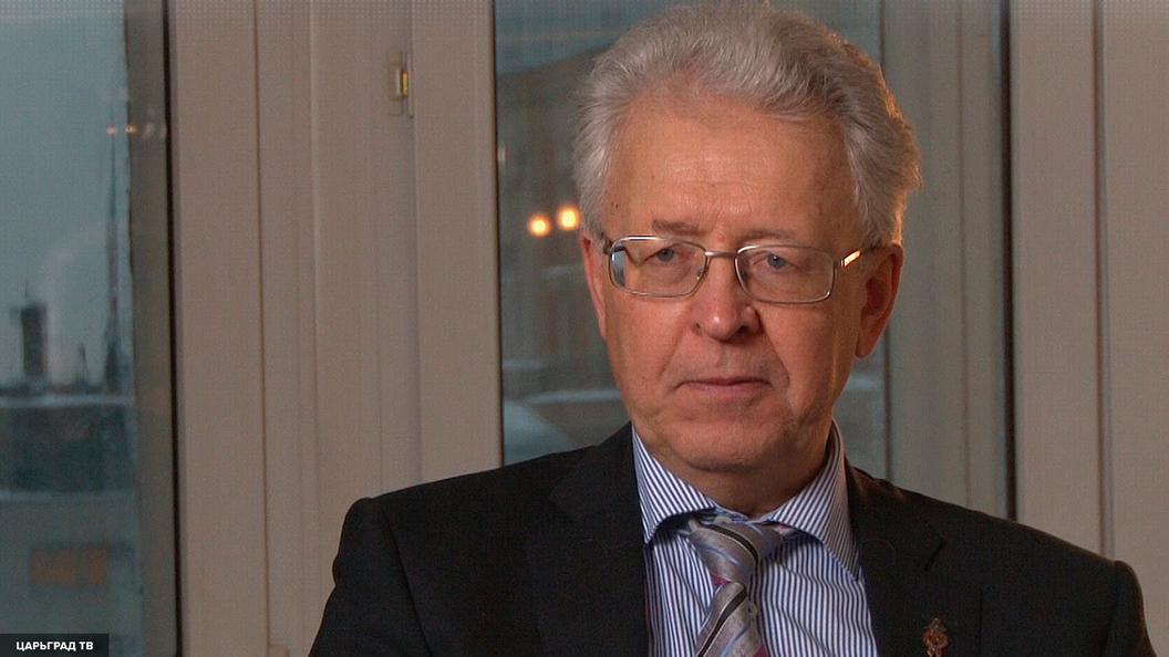 Валентин Катасонов о санкциях США: Мы должны ответить изменением нашей экономики