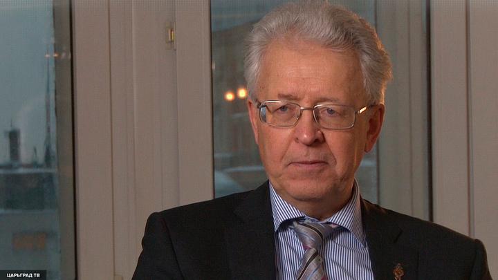 Катасонов: Санкции США - это объявление холодной войны России