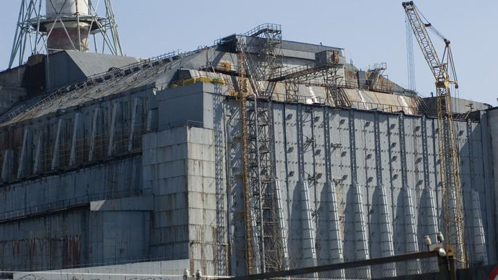 Готов на 99%: Гройсман присвоил новый саркофаг в Чернобыле, который строился не при нем