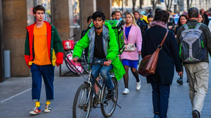 Уровень счастья в России достиг рекордного показателя - ВЦИОМ