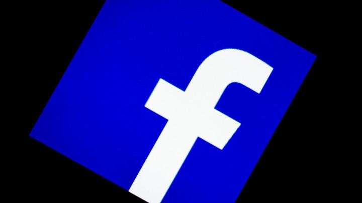 В России перестал работать Facebook. Пользователи массово жалуются на проблему