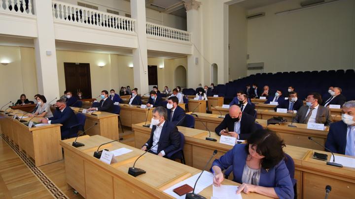 Без кресел не остались: Экс-кандидаты на пост губернатора стали депутатами гордумы Ростова-на-Дону