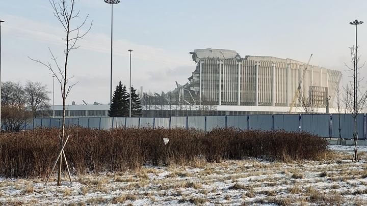 Обрушение СКК в Петербурге было запланировано, заявил инвестор строительства нового стадиона