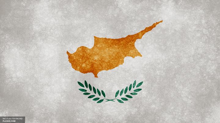 В аэропорту на Кипре после ЧП действует особый режим для израильских рейсов