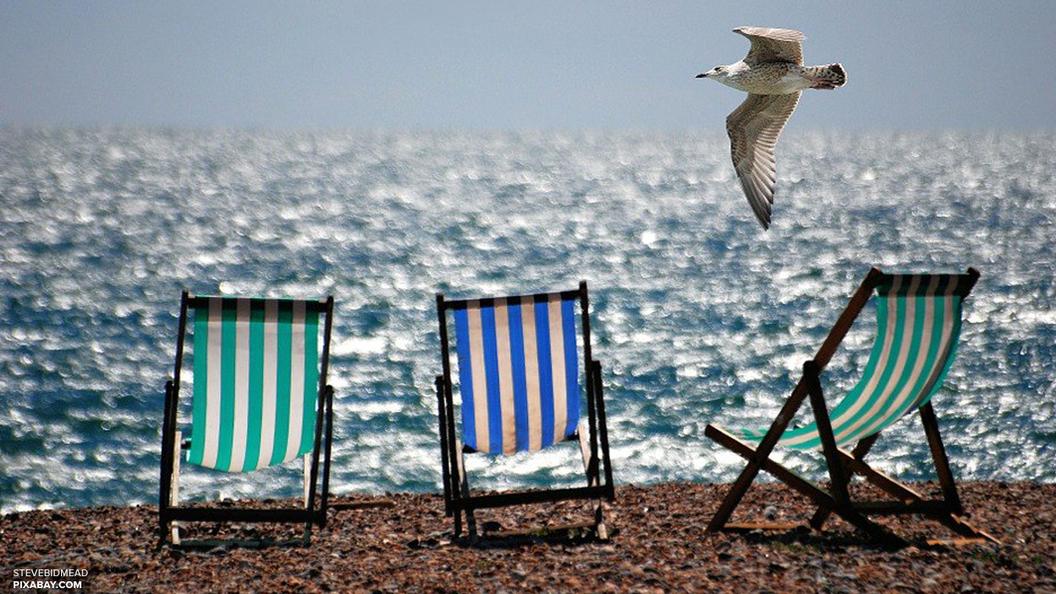 Мест нет: Туристы начали осенью выкупать путевки в Грецию и на Кипр