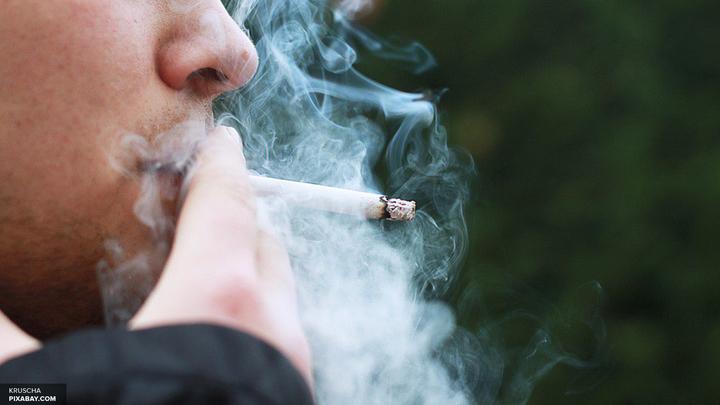 Ученые: Курение делает мужчин глупее с возрастом