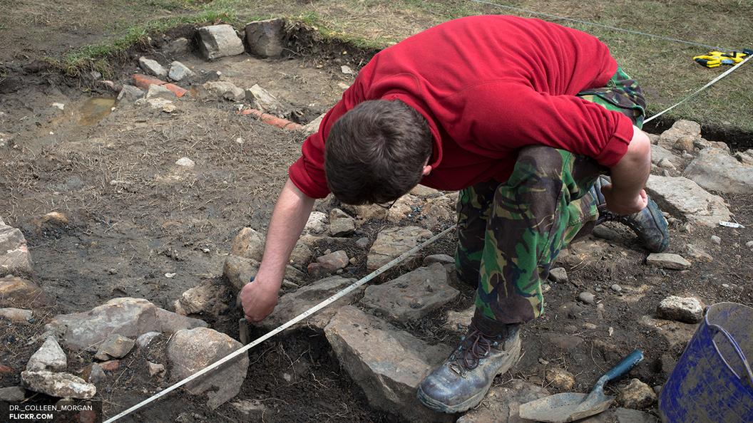 При строительстве Керченского моста нашли оборонительный вал и некрополь с могилами воинов