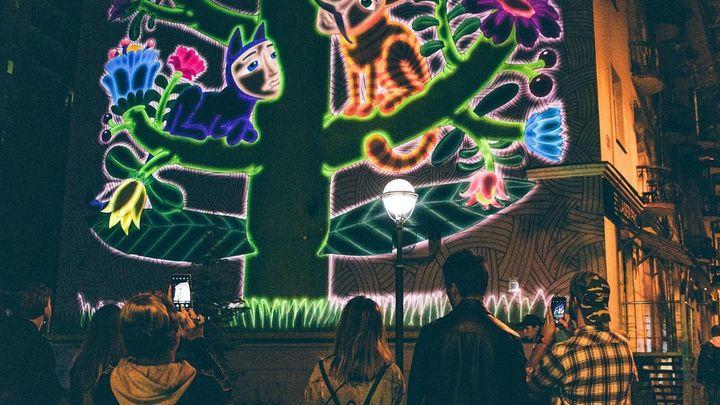 Они еще и светятся! В День города в Самаре презентовали все муралы созданные уличными художниками