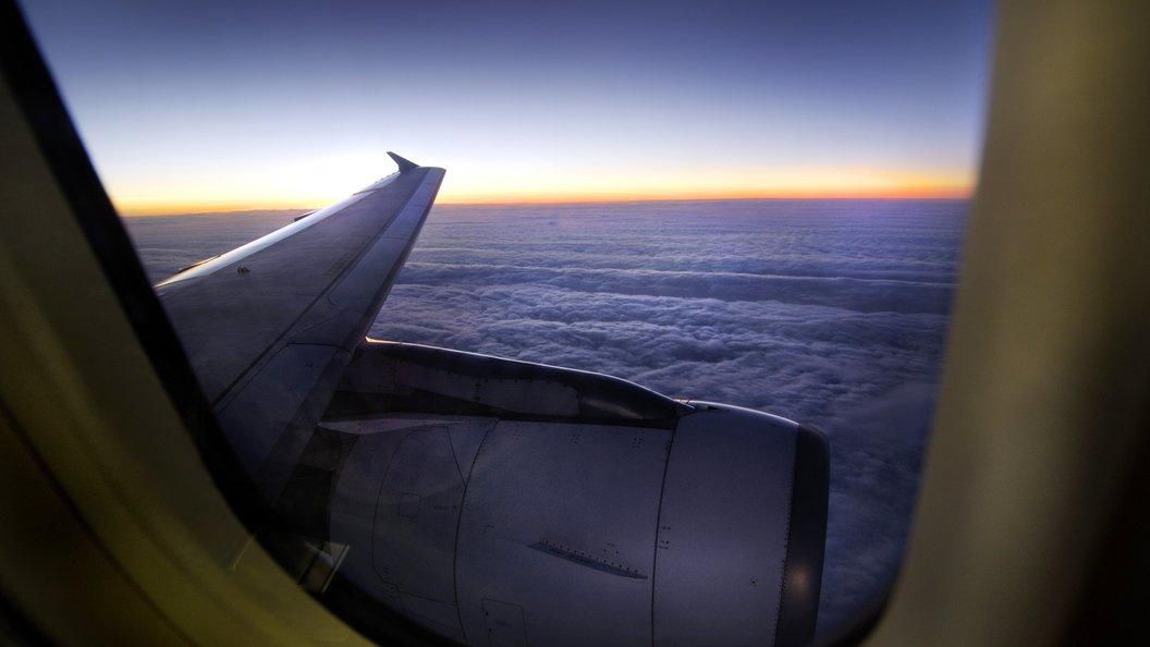 Террористы ИГИЛ вАвстралии планировали распылить газ наборту авиалайнера