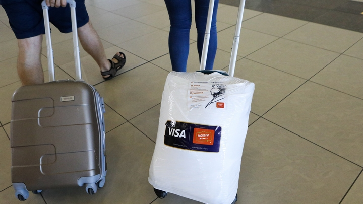 Шереметьево поставили крайний срок решения проблемы с багажом