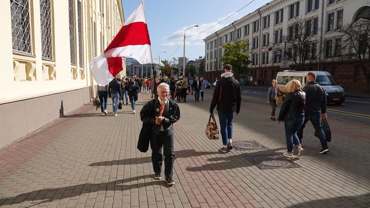 Россия должна просто понять? Политолог озвучил свой вариант для Лукашенко