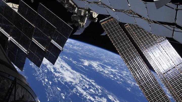 За вновь отказавшей системой подачи кислорода на МКС посыпались туалет и пылесос